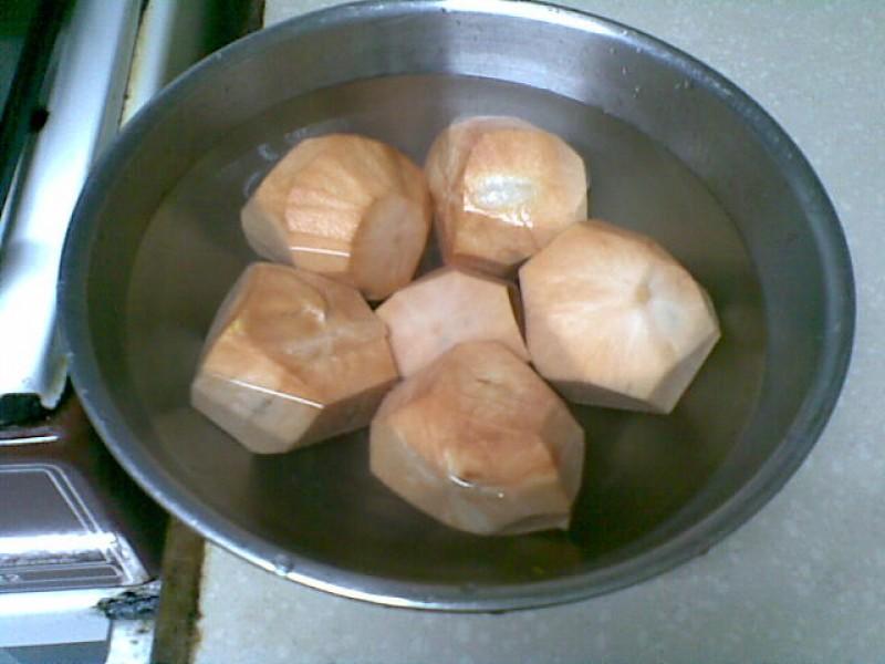 Peeled santol